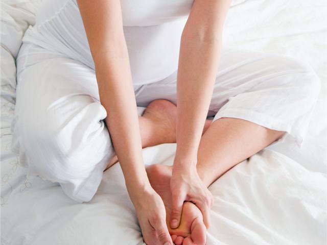 Если при беременности ноги судороги сводят что делать