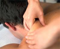 Как делать массаж шеи при остеохондрозе