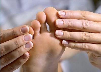 Что за болезнь подагра и как ее лечитьпоказать скартинками