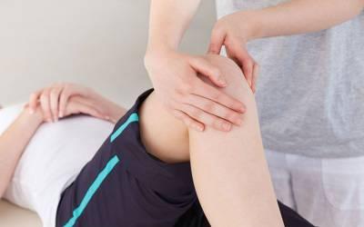 Болит коленный сустав: чем лечить, как избавиться от боли в коленях