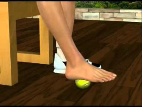 Упражнения для стопы с мячиком