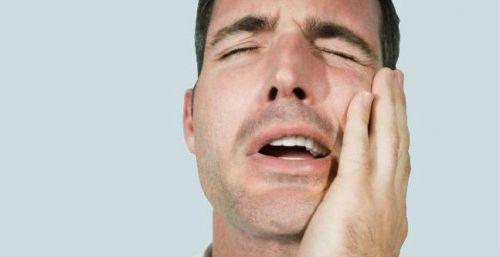 Боль при жевании