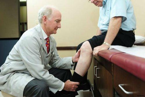 Боль в коленях у пациента