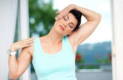 Хрустит шея при повороте головы лечение