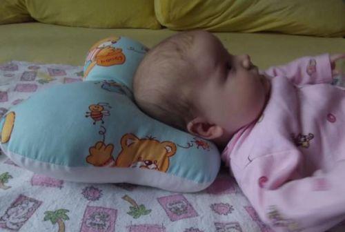 Подушка не подходит новорожденному