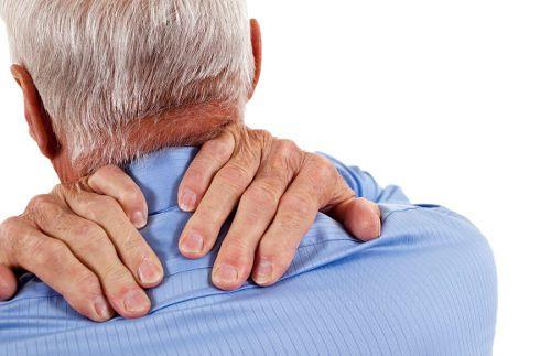 Боль в зоне шеи
