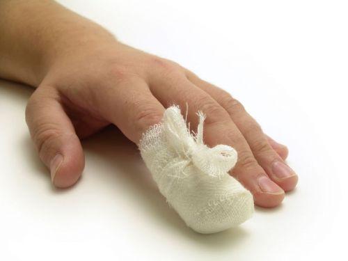 Перевязанный палец