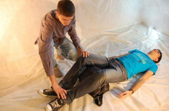 Помощь пострадавшему при повреждении седалищного нерва